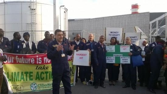 Les pays les plus vulnérables ont mené une action ce matin au Bourget pour réclamer  le financement immédiat de l'adaptation et des pertes et dommages irréversibles